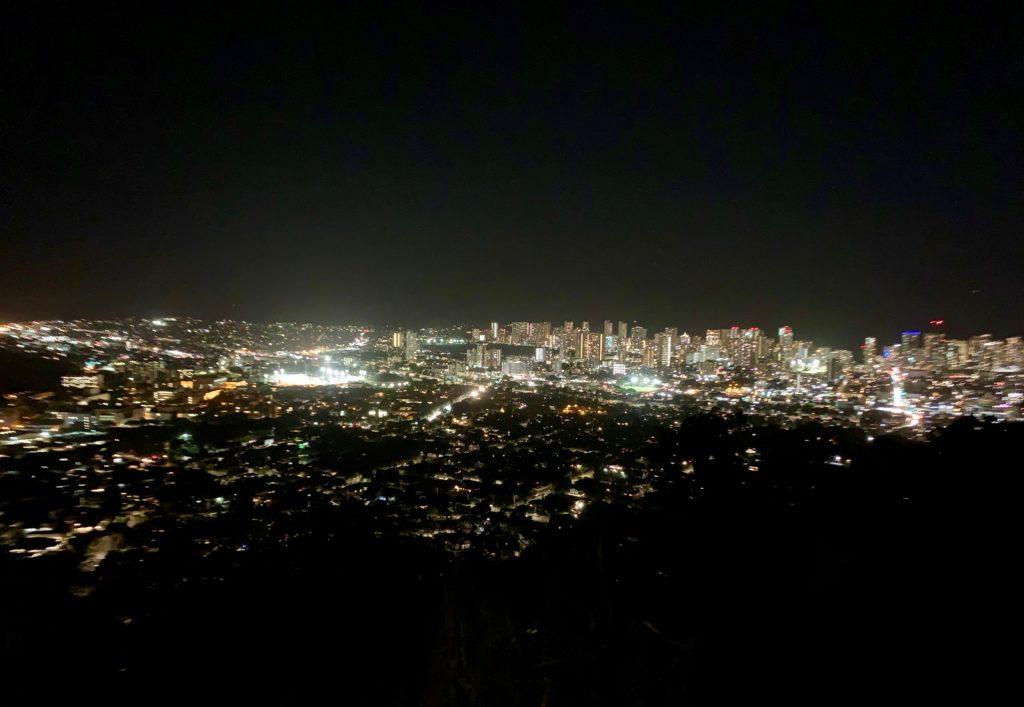 ホノルルの夜景