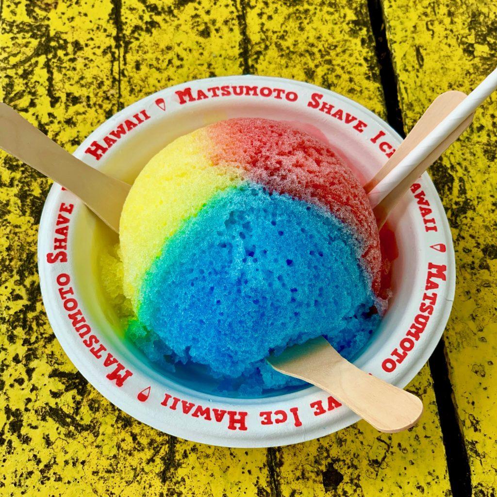 赤青黄三食のかき氷