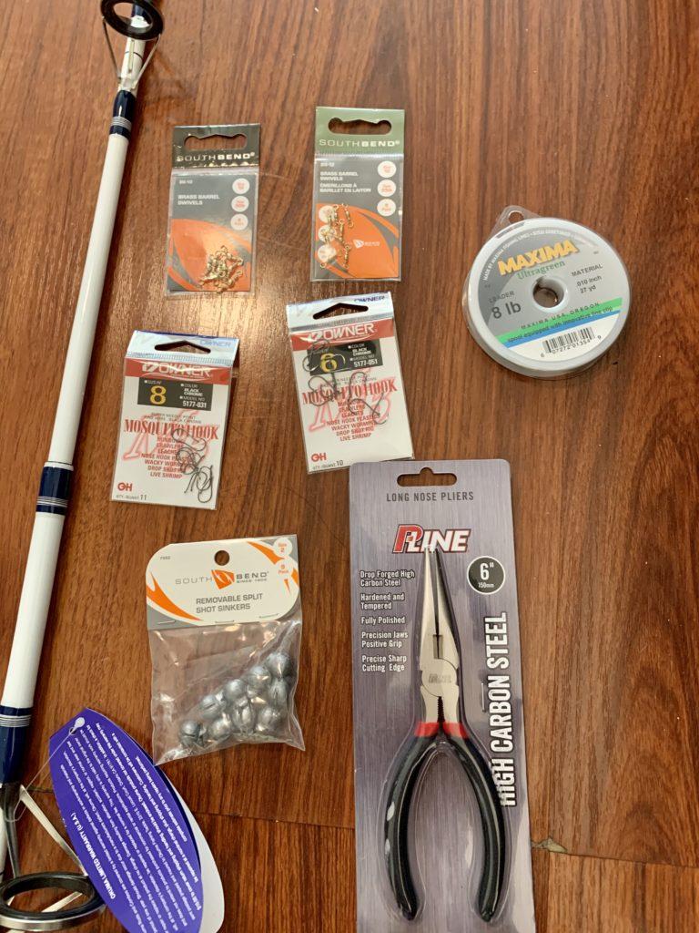 ウォルマートで購入した釣り道具の細かいパーツのアップ